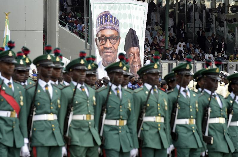 Soldiers march during the inauguration of new Nigerian president at the Eagles Square in Abuja, on May 29, 2015 (AFP Photo/Pius Utomi Ekpei)