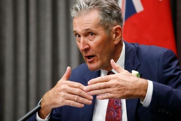 Manitoba mulling curfew to stem tide of COVID-19 cases, Pallister says