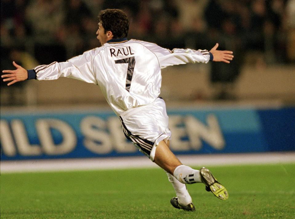 Real Madrid's Raul celebrates scoring the winning goal  (Photo by Matthew Ashton/EMPICS via Getty Images)