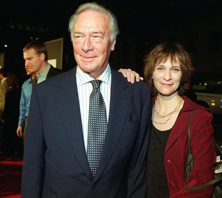 "Christopher Plummer, with his daughter Amanda, at the premiere of ""The Insider"" in 1999"
