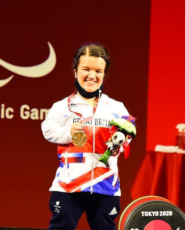 <p>What a debut! Paralympic powerlifter Olivia Broome took the bronze medal in the up to 50kg category in her first Games.</p>