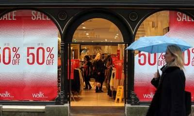 'Panic Saturday' Starts Xmas Spending Spree
