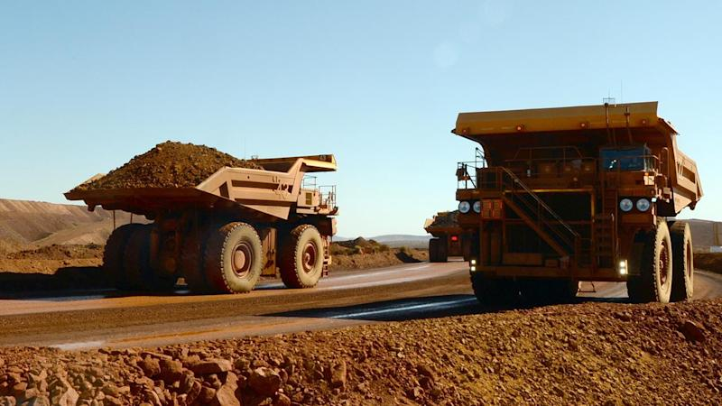 Miners back cut in company tax rate