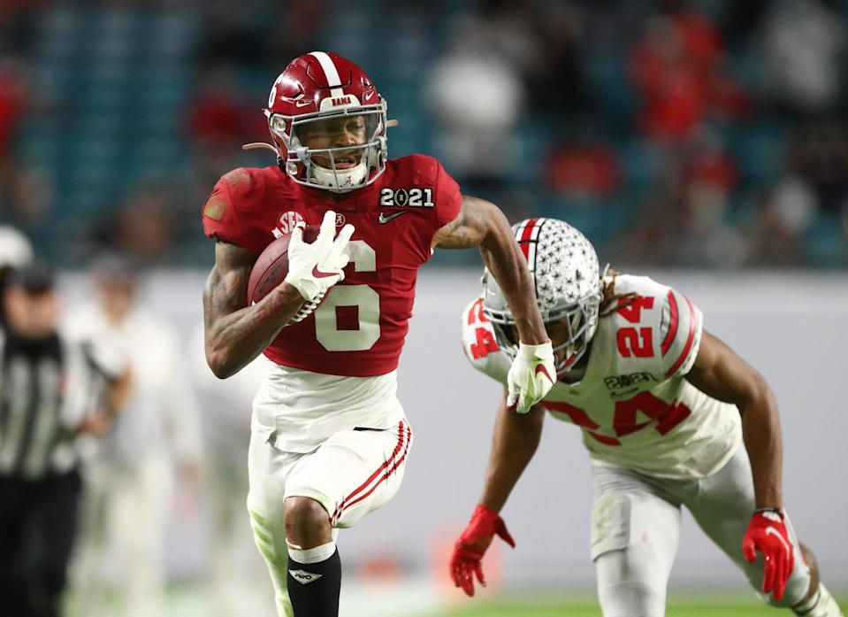 Alabama Crimson Tide wide receiver DeVonta Smith (6) against the Ohio State Buckeyes in the 2021 College Football Playoff National Championship Game.