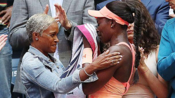 PHOTO: Sloane Stephens of the U.S. embraces her mother Sybil Smith after defeating Madison Keys of the US to win the U.S. Open Tennis Championships women's singles final at the USTA National Tennis Center in Flushing Meadows, New York, Sept. 9, 2017. (Daniel Murphy/EPA)