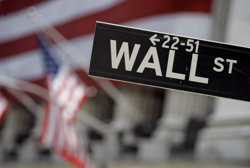 US stocks open higher; S&P 500 at 2,000 points