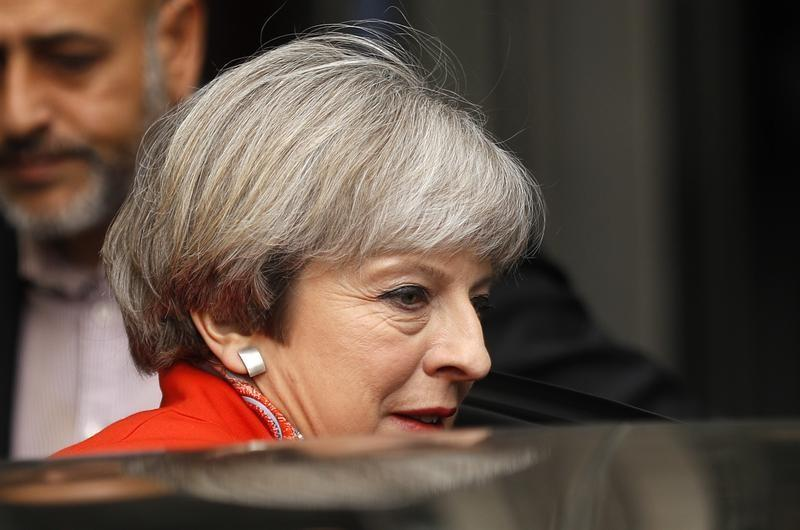 THERESA MAY S'ATTEND À DE DIFFICILES NÉGOCIATIONS SUR LE BREXIT