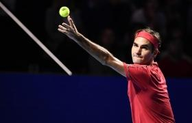 King Federer plays 1500th match at home