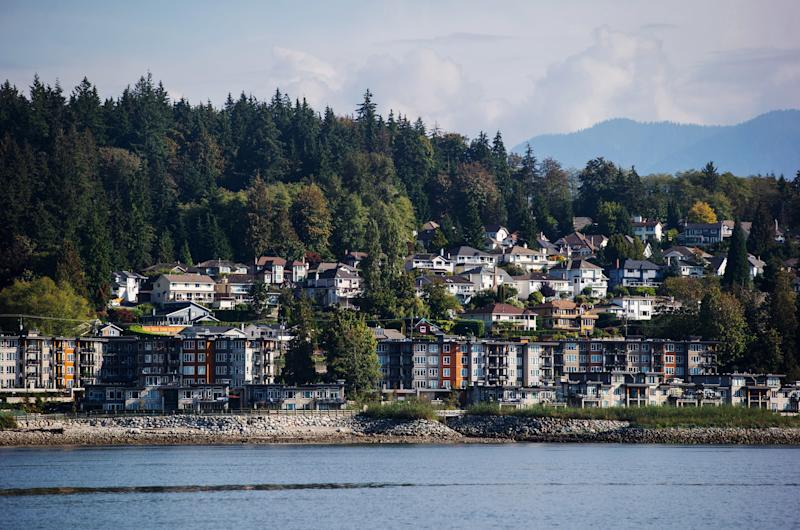 March home sales slump to 33-year low in Metro Vancouver
