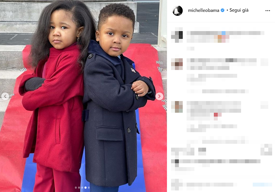 Nelle immagini postate su Instagram i due bambini appaiono in posa davanti al Congresso americano, vestiti proprio come Barack e Michelle Obama. Ryleigh indossa pantaloni, dolcevita e cappottino color porpora mentre Zaydan, super elegante, ha pantaloni e cappotto blu.