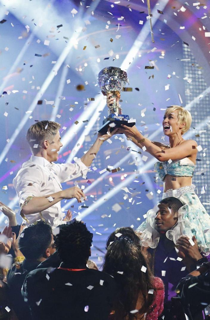 <p><strong>Season: </strong>16</p><p><strong>Runners-up: </strong>Zendaya & Valentin Chmerkovskiy</p><p><strong>About Kellie: </strong>If she looks familiar, that's because Kellie was a star on <em>American Idol </em>and has since had a pretty successful country career!</p>