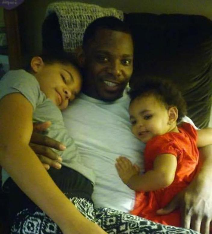 Detreck Foster with his daughters. (Courtesy of Jordan Foster)