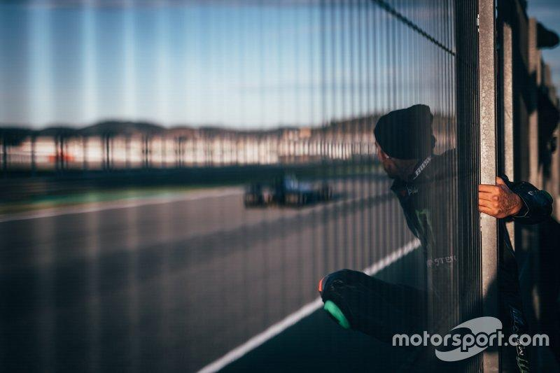 """Lewis Hamilton, Valentino Rossi, Mercedes-AMG F1 W08<span class=""""copyright"""">Monster Energy</span>"""
