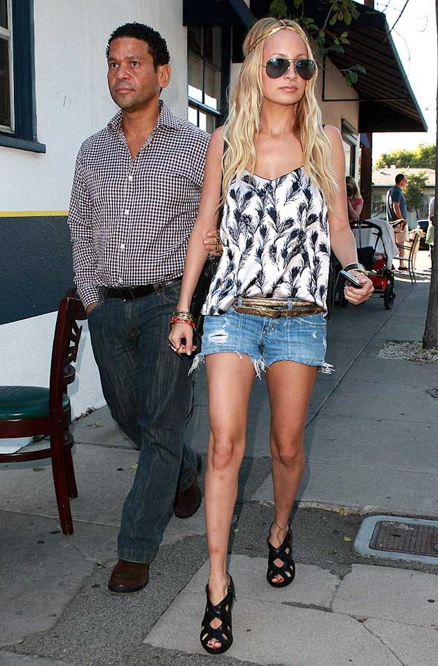 "Paris' former BFF Nicole Richie makes yet another fashion faux pas in unflattering footwear and barely-there Daisy Dukes. AlphaX/<a href=""http://www.x17online.com"" target=""new"">X17 Online</a> - October 18, 2008"