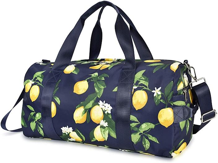 <p>Brighten up your gym routine with the <span>Lifemate Large Duffel Bag</span> ($30).</p>