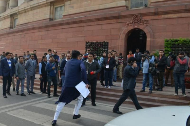 'Ever Seen a Minister Running?': Piyush Goyal Praised For Rushing to Parliament Before Question Hour