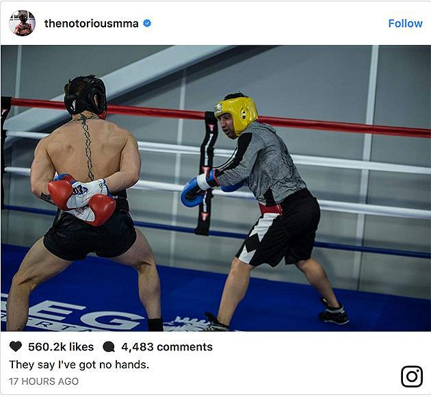 'He's not clueless': World boxing champ spars with McGregor