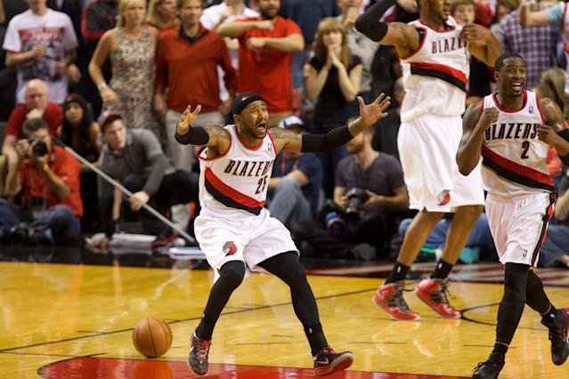 Wes Matthews' game-winning steal puts Blazers over Rockets in OT for 3-1 lead