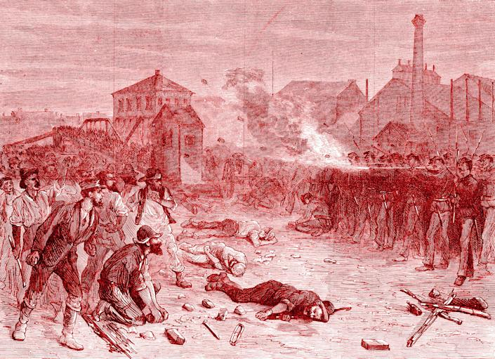 An illustration depicts the 1877 Great Railroad Strike, when soldiers fire on the crowd during a riot at the Halsted Street viaduct in Chicago. (Photo: Illustration: Damon Dahlen/HuffPost; Photos: Getty Images)