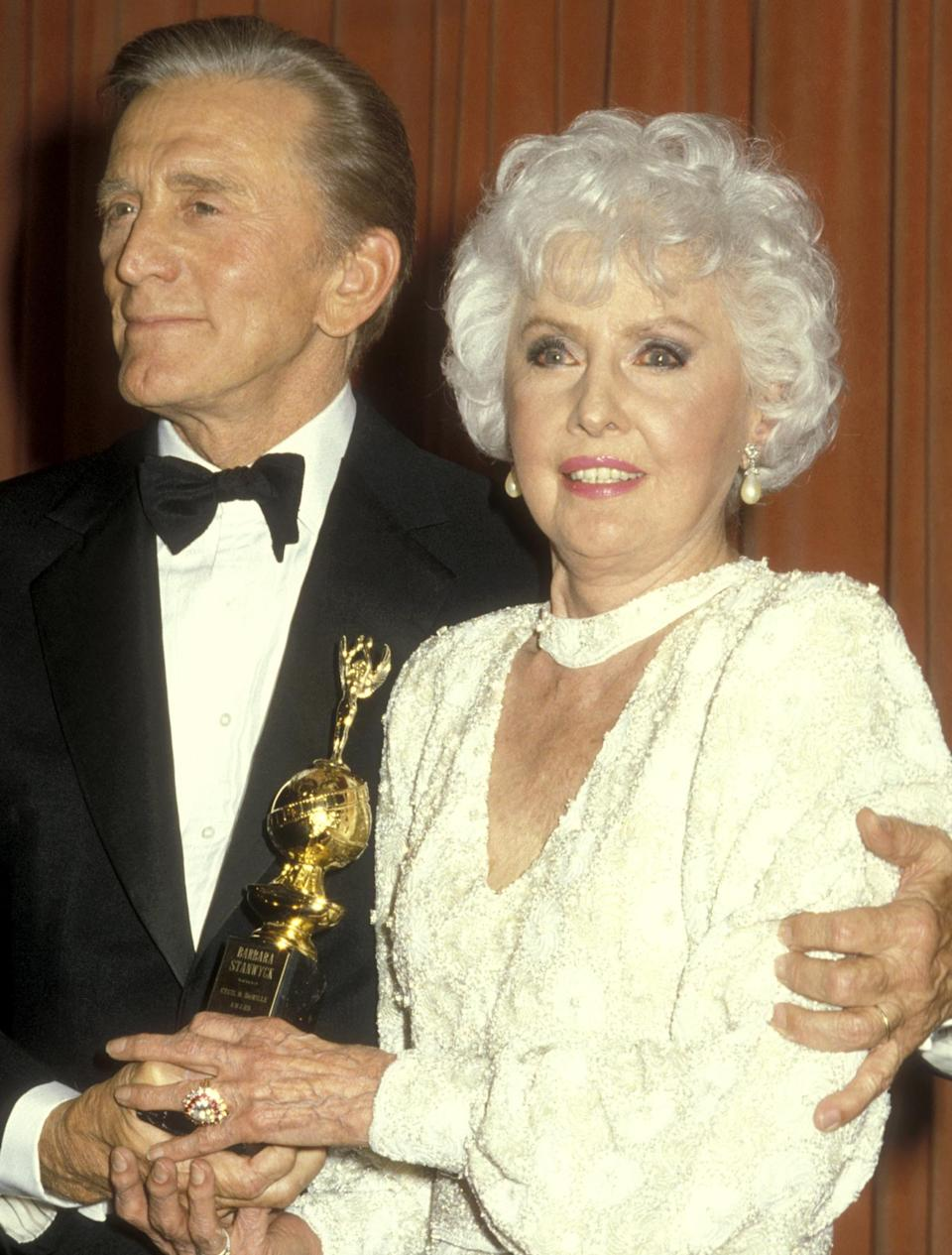 <p>Barbara Stanwyck won the Cecil B. DeMille Award in 1986.</p>