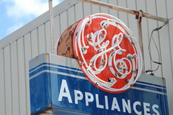 General Electric's Stock Finds Support At Key Technical Level