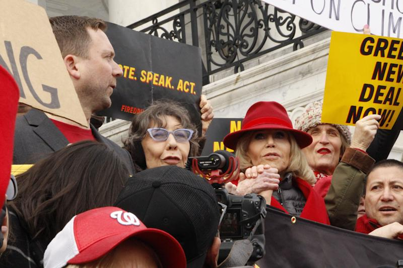 Actor Lily Tomlin joined Jane Fonda for the Fire Drill Fridays demonstration on December 27th. (Photo: Photo Courtesy Of Sohil Malik)