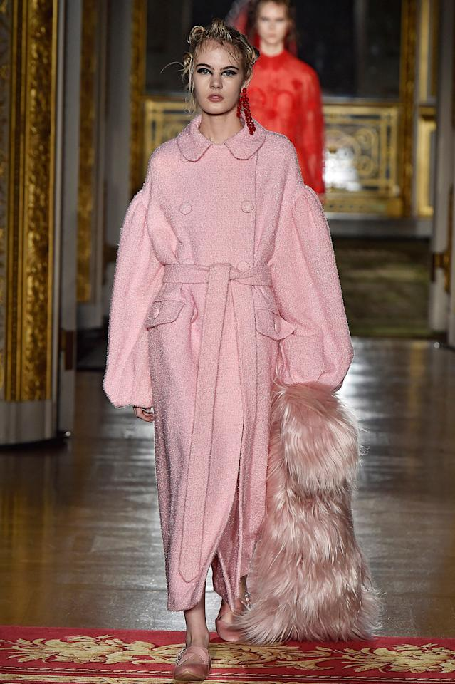 Simone Rocha's pretty in pink. (Photo: Catwalking/Getty Images)