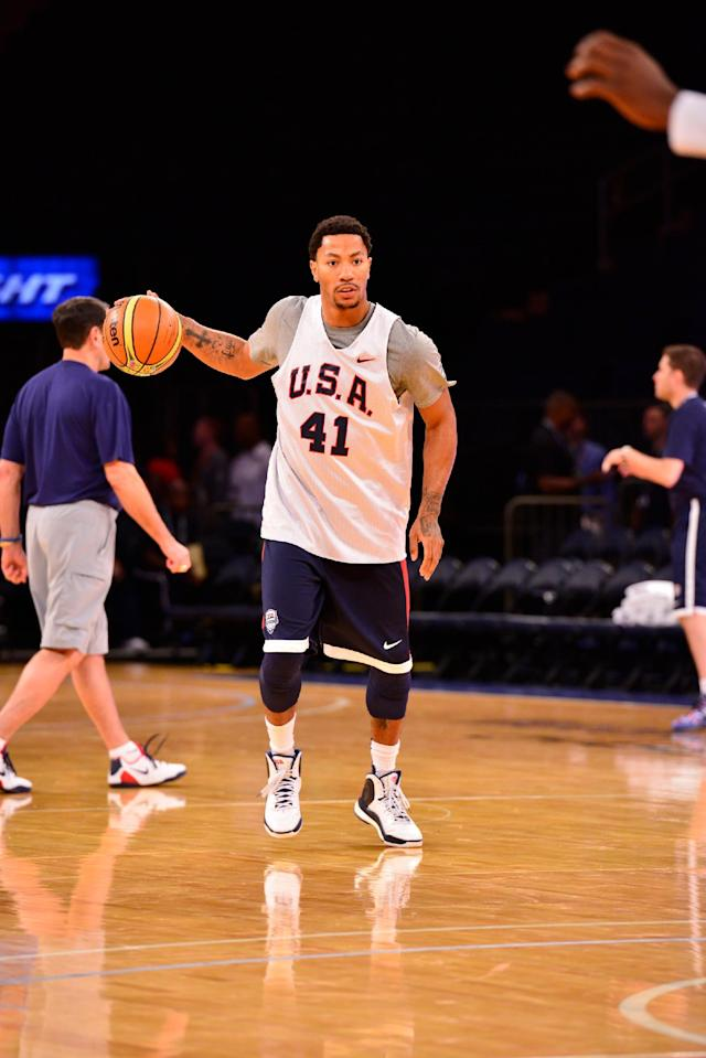 NEW YORK, NY - AUGUST 20: Derrick Rose #41 of the USA Men's National National Team dribbles during practice on August 20, 2014 at the Madison Square Garden in New York, New York. (Photo by David Dow/NBAE via Getty Images)