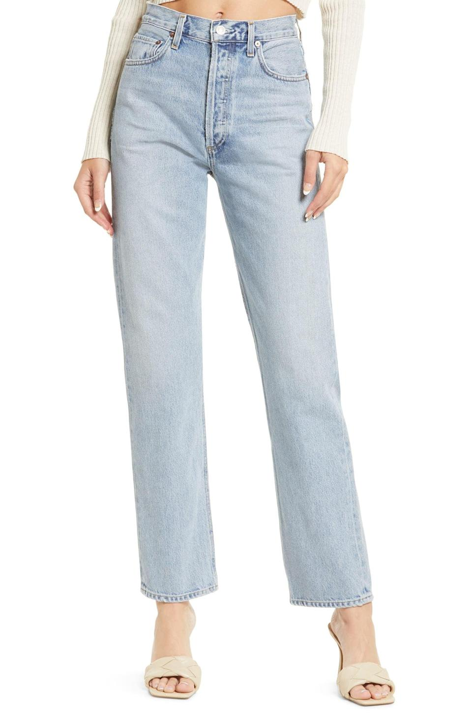 <p>This <span>Agolde '90s Pinch High Waist Straight Leg Organic Cotton Jeans</span> ($198) gives us all the vintage feels with the faded blue style. The fit is loose yet tailored, making it an effortlessly cool pick.</p>