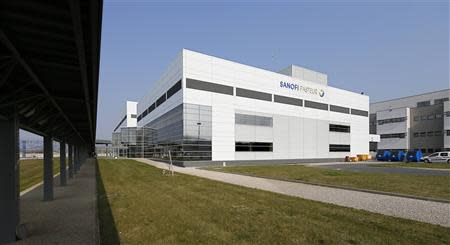 A general view shows a building at the French drugmaker's vaccine unit Sanofi Pasteur plant in Neuville-sur-Saone, near Lyon, March 14, 2014. REUTERS/Robert Pratta