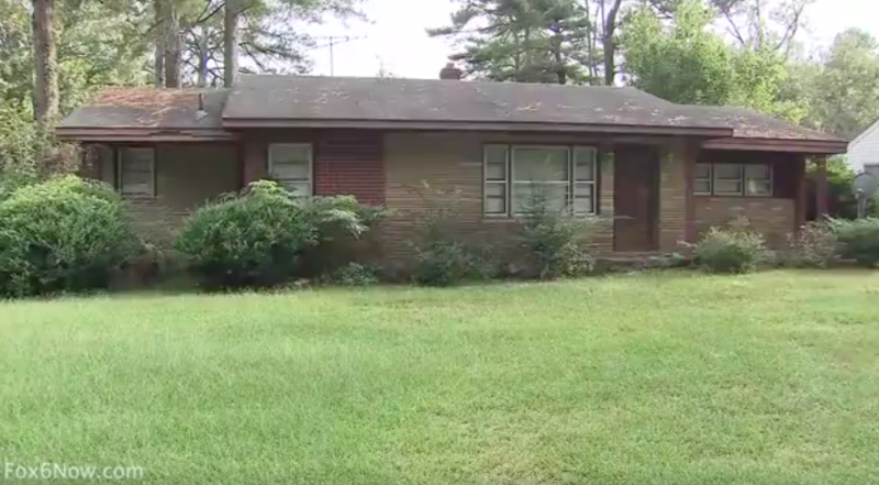 Woman Kept Mother's Corpse at Home for Months to Watch It Decompose