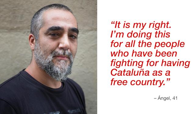"""<p>""""It is my right. I'm doing this for all the people who have been fighting for having Cataluña as a free country. My father is from Galizia and my mother is Catalan. I voted 'Yes'."""" (Photograph by Jose Colon/ MeMo for Yahoo News) </p>"""