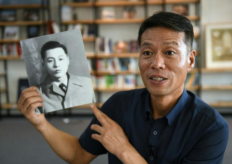 Hwang In-cheol was only two years old when his father was kidnapped to North Korea in 1969