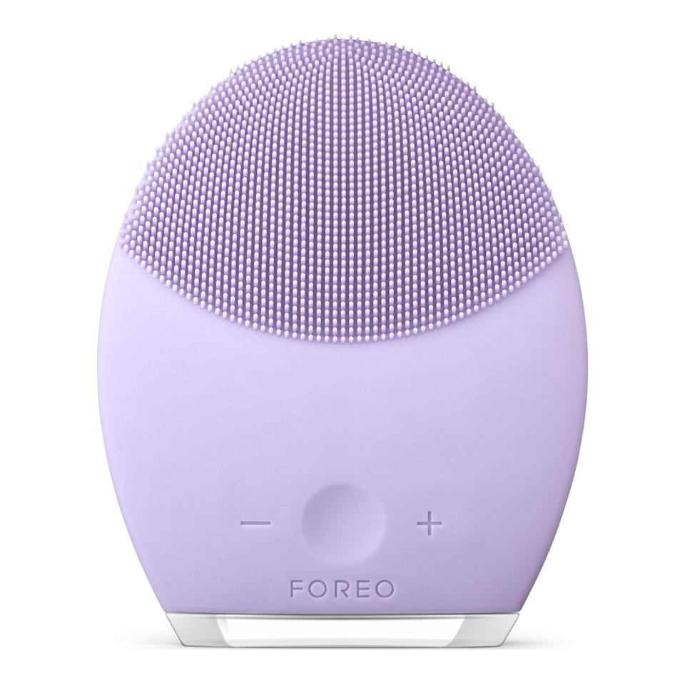 """<h2>Foreo Luna 2 Facial Cleansing Brush</h2><br><br><strong>Foreo</strong> Luna 2 Facial Cleansing Brush, $, available at <a href=""""https://amzn.to/33UahG7"""" rel=""""nofollow noopener"""" target=""""_blank"""" data-ylk=""""slk:Amazon"""" class=""""link rapid-noclick-resp"""">Amazon</a>"""