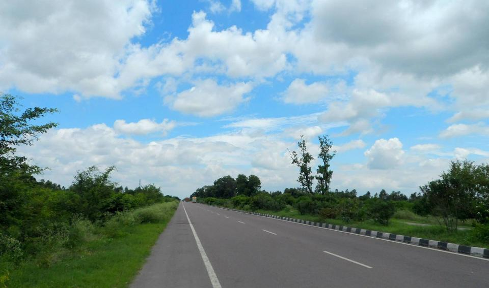 <p><strong>National Highway 30</strong> is 2,040 km long. It starts from Sitarganj in Uttarakhand and terminates at Ibrahimpatnam in Andhra Pradesh. It's considered the safest highway in India due to less less number of road accidents.​​ NH-30 runs through the states of Uttarakhand, Uttar Pradesh, Madhya Pradesh, Chhattisgarh, Telangana and Andhra Pradesh.</p>