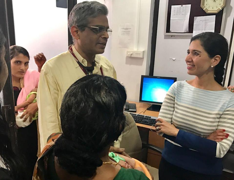 The unassuming Dr R Krishna Kumar, Head of Paediatric Cardiology, Amrita Institute of Medical Sciences and Research Centre, Kochi. (Photo: <b>The Quint</b>)