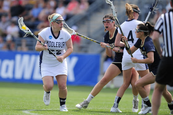 Middlebury's Women's Lacrosse defeated Trinity 9-5 to win the 2016 NCAA Championship.