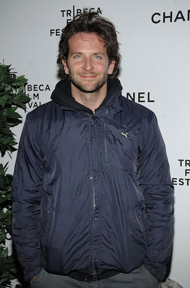 "A scruffy Bradley Cooper should've dressed up for the dinner party! Jamie McCarthy/<a href=""http://www.wireimage.com"" target=""new"">WireImage.com</a> - April 23, 2009"