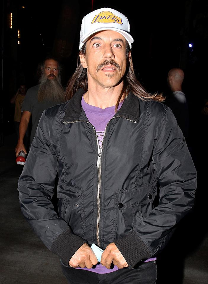 """We can only hope rocker Anthony Kiedis got the name of a good barber from fellow celeb fans like Leonardo DiCaprio and Sean """"Diddy"""" Combs during the LA Lakers game on Tuesday night. Epa-Rafael-RTZ-Blanco/<a href=""""http://www.x17online.com"""" target=""""new"""">X17 Online</a> - June 15, 2010"""
