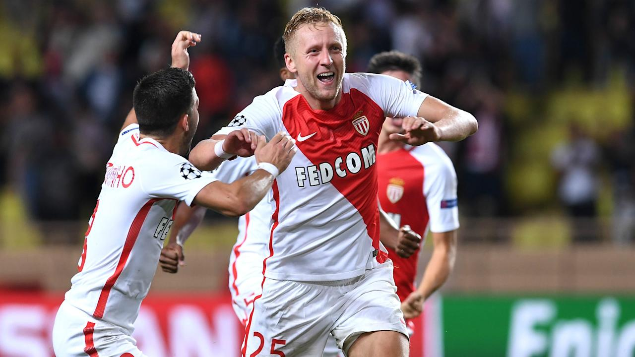 With the pressure off and their form staying strong, the Poland international centre-back says the Ligue 1 leaders can spring an upset