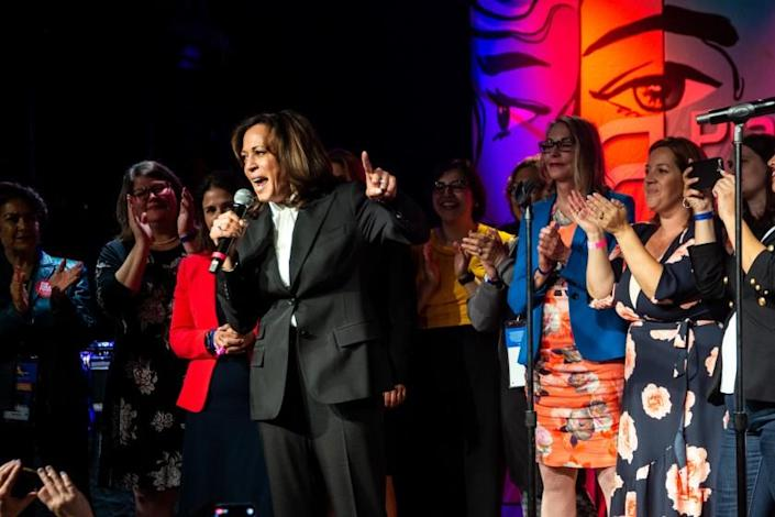 """SAN FRANCISCO, CALIF. - MAY 31: Presidential candidate and Senator Kamala Harris speaks at the Planned Parenthood """"Art of Caring"""" party at Mezzanine on Friday, May 31, 2019 in San Francisco, Calif. The California Democratic Part convention will see 3,500 delegates, and will hear from 14 Democratic candidates for U.S. President and from Democratic leaders. (Kent Nishimura / Los Angeles Times)"""