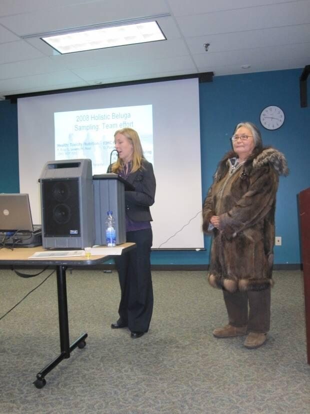 Nellie Pokiak, right, at a conference in 2009.
