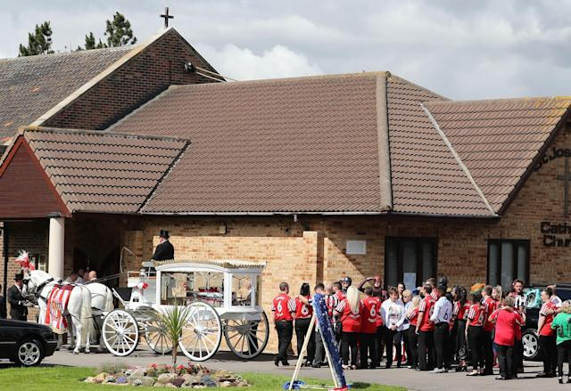 <p>The coffin of Bradley Lowery, the six-year-old football mascot whose cancer battle captured hearts around the world, arrives at St Joseph's Church </p>