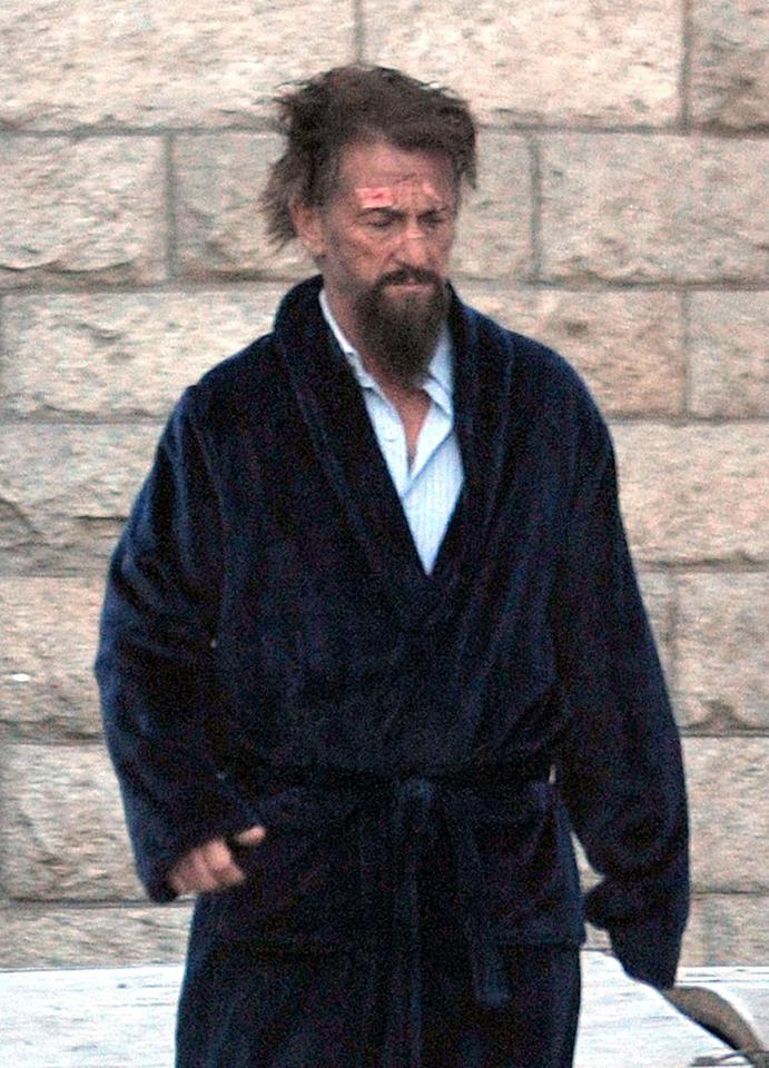 """<p>The Oscar winner is looking worse for the wear while sporting a scraggly beard and bathrobe in Dublin on Nov. 7, 2016. That's because he's filming 'The Professor and the Madman,' a drama about the creation of the 'Oxford English Dictionary' that he's costarring in with Mel Gibson. <a rel=""""nofollow"""" href=""""http://www.hollywoodreporter.com/news/mel-gibson-sean-penn-star-915878"""">According to 'The Hollywood Reporter,'</a> Penn is playing an inmate in an insane asylum who submitted over 10,000 entries to the 'OED.' (Photo: FameFlynet) </p>"""