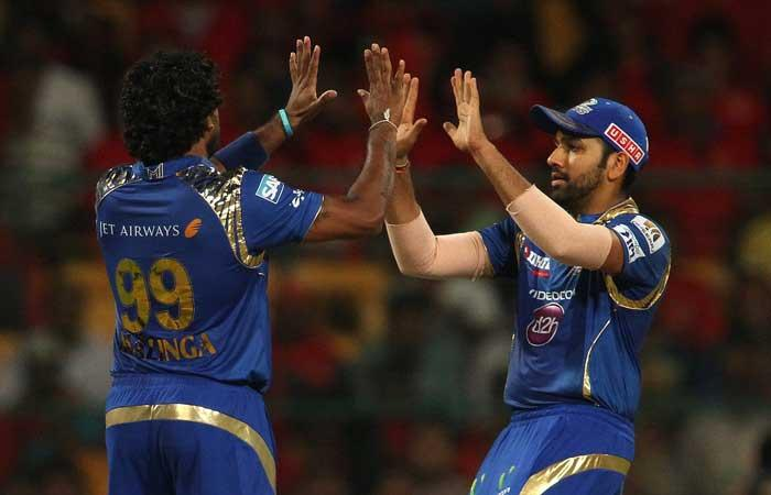 IPL-10: Profligate Sunrisers post 158/8 vs Mumbai Indians