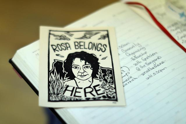 <p>A leaflet is seen during a strategy meeting for immigrant Rosa Sabido who lives in sanctuary in the United Methodist Church while facing deportation in Mancos, Colo., July 18, 2017. (Photo: Lucy Nicholson/Reuters) </p>