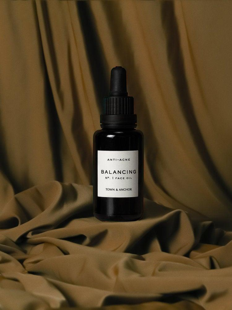 """<h2>Town & Anchor Balancing Skin Oil</h2> <br>If you're going to give a trendy new gua sha tool this Mother's Day, pair it with a face oil. This one claims to heal problematic skin, reduce acne, and clarify the complexion.<br><br><strong>Town & Anchor</strong> Balancing Skin Oil, $, available at <a href=""""https://go.skimresources.com/?id=30283X879131&url=https%3A%2F%2Fwww.townandanchor.com%2Fshop%2Fvegan-anti-acne-oil"""" rel=""""nofollow noopener"""" target=""""_blank"""" data-ylk=""""slk:Town & Anchor"""" class=""""link rapid-noclick-resp"""">Town & Anchor</a><br>"""