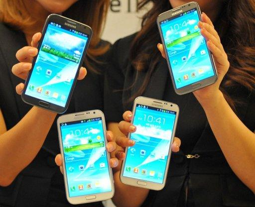 1,400 Samsung Galaxy Note II smartphones were stolen in Malaysia a day after being launched
