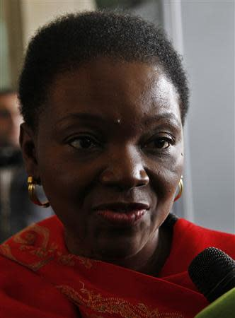 U.N. Humanitarian Chief Valerie Amos speaks to the media after meeting Syrian officials in Damascus