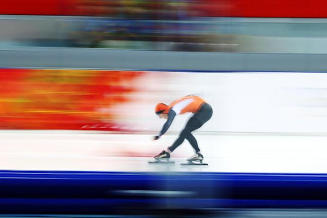 SOCHI, RUSSIA - FEBRUARY 10: Jan Smeekens of the Netherlands competes during the Men's 500 m Race 2 of 2 Speed Skating event during day 3 of the Sochi 2014 Winter Olympics at Adler Arena Skating Center on February 10, 2014 in Sochi, Russia. (Photo by Paul Gilham/Getty Images)